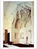 Modernity and Continuity: Architecture in the Islamic World